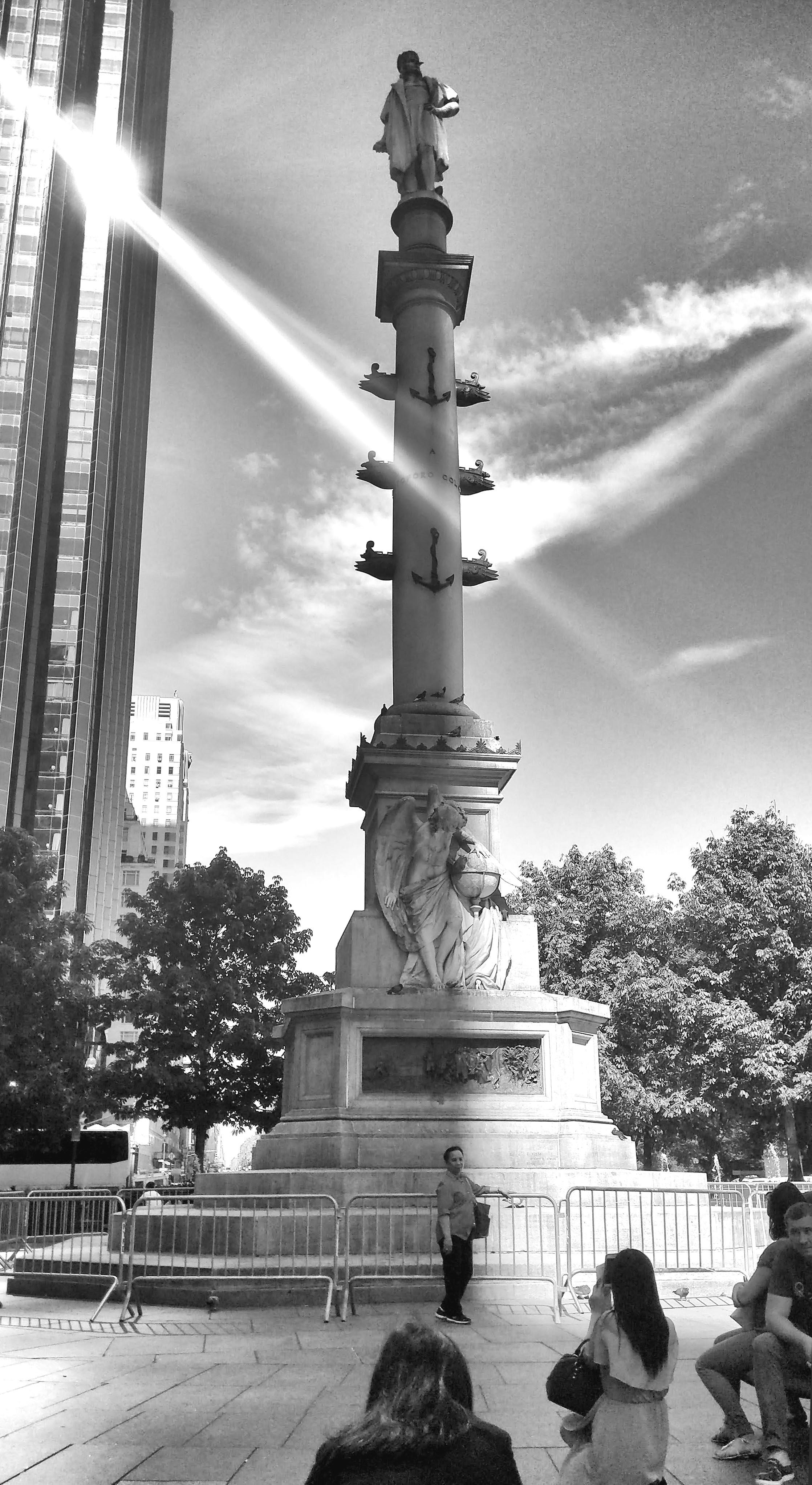 columbus-statue-photo_2